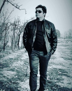 Shahab Bokharaei Angizeh 240x300 - متن آهنگ جدید انگیزه شهاب بخارایی